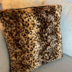 Luxury Fur-inspired Pillows – Cheetah